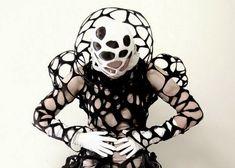 실, 패션 및 의상 : Catherine O'Leary