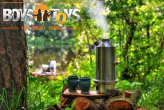Life is all about enjoying the little things in life.  #thelittlethingsinlife #backtobasics #backtonature #kellykettle #portablekettle #portablestove #campinglife #outdoorlifestyle