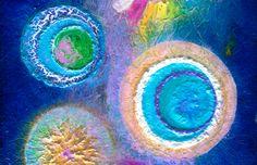 """Ausschnitt Energiebild """"Zeitenwende""""   Spiritual healing picture """"New Era""""   Die sieben Chakren. Die körperlich-energetische Ebene der Chakren. Im Organismus finden wir den Energiekanal des Aufstiegs im Rückenmarkskanal der die sieben Chakren direkt verbindet. In der indischen Yoga Wissenschaft wird er als Shushuma bezeichnet. Parallel zum Rückenmark winden sich Sinusförmig zwei gegenläufige Energiebänder (Ida und Pingala) die ihren Anfang im Wurzelchakra haben. www.earthangel-family.de"""