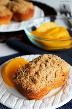 Mini Peach Cobbler Loaves. devour-blog.com