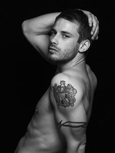 Hot Tattoos, Tattoos For Guys, Tatoos, Andrew Stetson, Eye Candy Men, Maori Designs, Imaginary Boyfriend, Handsome Faces, Male Beauty