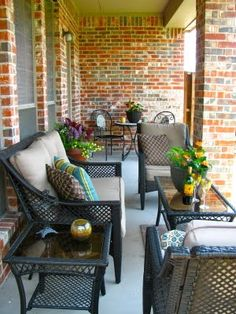 MAY DAYS: A Small Patio Makeover. - excellent arrangement for front porch