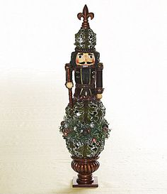 Dillard´s Trimmings Fleur-de-Lis Topiary Nutcracker