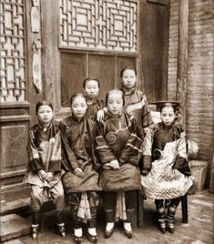 Anyone have a chinese foot binding essay that they wrote?