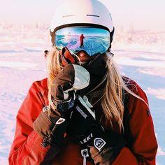Winter in the Adirondacks – Enjoy the Great Outdoors! Ski Et Snowboard, Snowboard Goggles, Snowboard Girl, Ski Goggles, Ski Ski, Snowboarding Gear, Photo Ski, Mode Au Ski, Photo Voyage