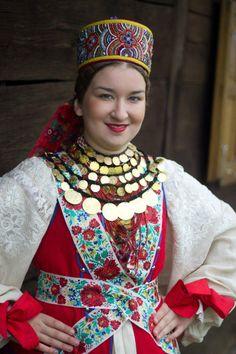 Posavina Folk Clothing, Historical Clothing, European Costumes, International Clothing, Twelfth Night, Folk Costume, People Of The World, Anthropology, Traditional Dresses