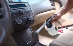 Windex can't do, a can of cola easily can. Simply pour the soda over your windshield, not forgetting to place a towel on the hood to protect the Car Cleaning Hacks, Household Cleaning Tips, Diy Cleaning Products, Cleaning Recipes, Car Hacks, Toilet Cleaning, Car Upholstery Cleaner, Compressed Air, New Car Smell