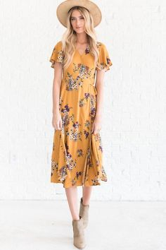 We are obsessed with our Stay Beautiful Mustard Floral Wrap Dress! This fall dress is stunning. Yellow floral dresses are perfect for brightening up a cold day! Yellow Gown, Yellow Floral Dress, Wrap Dress Floral, Floral Dresses, Print Wrap, Wrap Style, Fall Dresses, Vintage Fashion, Vintage Style