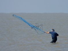 Fish Nets for Fishing in the Ocean Want to find out fishing secrets that will help you catch ore and bigger fish. Find out at howtocatchfishnetwork.com