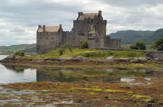 I loved visiting there. I'm looking back at it and.......is it anything like our new one we are going to? Did you know that Eilean Donan Castle sits at the point where three Scottish Lochs Meet, And it's known as Scotland's Most Romantic Castle.