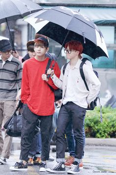 [OFF STAGE] 150626: BTS V (Kim Taehyung) and Park Jimin #vmin #bangtan #bangtanboys #fashion #style #kfashion #kstyle #korean #kpop