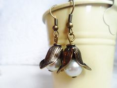Vintage pearl flower earrings and leaves, antique style brass, nature jewellery by SelmaDreams on Etsy