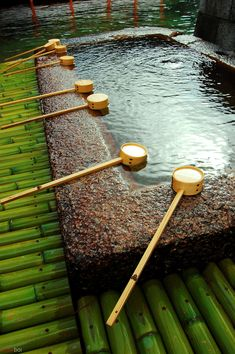 Wash place/basin (Cho-dzu=bachi, 手水鉢), for hand washing before entering the jinja, Shinto shrine
