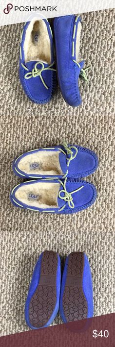 Ugg Kids Moccasins Slip-On Pre-Loved  Could use little cleaning otherwise Good  Condition UGG Shoes Moccasins
