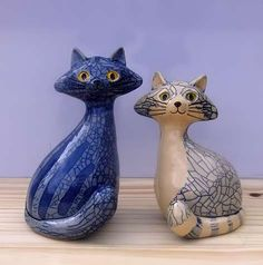 Jen-Robinson-pair-of-cat-figurines