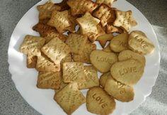 Nyomdázható fahéjas keksz Cookie Time, Cookie Desserts, Ale, Cereal, Stuffed Mushrooms, Cheese, Cookies, Vegetables, Breakfast