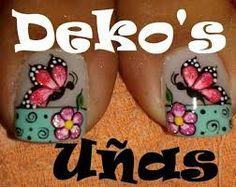 Resultado de imagen para uñas deko's 2014 Daisy Nails, Flower Nails, Pedicure Designs, Toe Nail Designs, French Pedicure, French Nails, Toe Nail Art, Acrylic Nails, Butterfly Nail Art