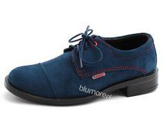 Twój syn marzy o wizytowej kreacji z odrobiną młodzieżowego luzu? Polecamy buty wizytowe Kacper z pomocą, których stworzysz elegancki strój w stylu smart casual. Wystarczy dobrać pasujący garnitur i gotowe! | Cena: 176,00 zł | Link do sklepu: http://tiny.pl/gm4p3