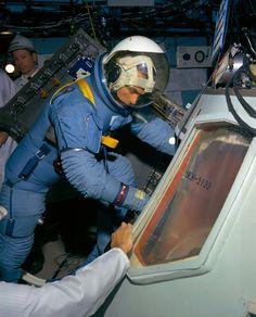 Astronaut Dating Simulator Ariane Help Me