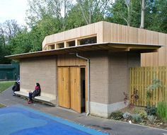 Earth Construction for Sustainable Buildings and Homes