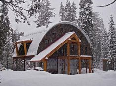 This article contain quonset hut homes ideas that really unique. If you want to buy quonset hut houses, read our price guide first. Metal Building Kits, Metal Building Homes, Metal Homes, Building Design, Building A House, Building Ideas, Quonset Hut Homes, Prefab Homes, Cabin Homes