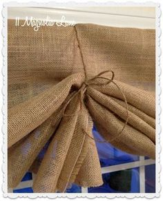 tutorial how to make a no sew diy burlap window valances crafts home decor window treatments windows Fold the burlap up with like a fan and tie at either side with jute t. Burlap Window Treatments, Kitchen Window Treatments, Window Coverings, Farmhouse Window Treatments, Burlap Projects, Burlap Crafts, Diy Projects, Western Decor, Country Decor