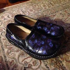 Algeria nursing shoes Very nice worn once like new EU-38 US-8,8 1/2 Alegria Shoes