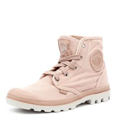 Made from military grade canvas used for tents and tough enough to withstand the city elements, yet this lace-up ankle boot is surprisingly comfortable and light in weight. Palladium Pampa Hi, Palladium Shoes, Silver Shoes Low Heel, Low Heel Shoes, Lace Up Ankle Boots, Lace Up Shoes, Military Shoes, Short Heels, Pink Shoes