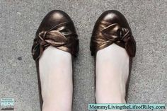 Love these stylish copper flats!