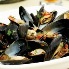 Recipe:   Mussels South of Two Borders