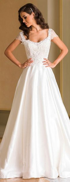 Amazing Lace & Satin Scoop Neckline A-Line Wedding Dresses With Beaded Lace Appliques