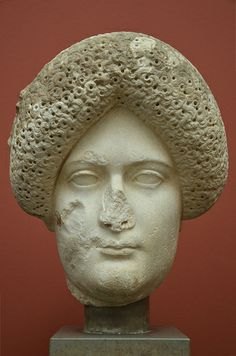 The Empress Domitia Longina, wife of Domitian, from Rome, c. AD 110, Ny Carlsberg Glyptotek, Copenhagen |