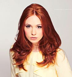 Even putting aside the fact that Amy Pond is the best Doctor Who companion of all time, Karen Gillan is ridiculously sexy.  I love her voice, her accent, her lips, her eyes, her hair, PRETTY MUCH ALL OF HER. <3
