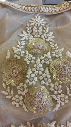 White on white absolutely stunning and gorgeous. Crystal Embroidery, Zardozi Embroidery, Tambour Embroidery, Couture Embroidery, Gold Embroidery, Embroidery Fashion, Embroidery Stitches, Embroidery Patterns, Bordados Tambour