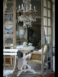 Un upholstery...! I love it! And the creams, greys and patina!