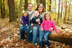 fall photo shoot ideas | fall photo shoot | Fall Family Photo Ideas