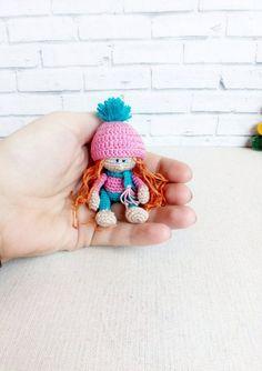 Educational and interesting ideas about amigurumi, crochet tutorials are here. Doll Amigurumi Free Pattern, Doll Patterns Free, Crochet Doll Pattern, Amigurumi Doll, Knitted Dolls, Crochet Dolls, Crochet Doll Tutorial, Crochet Projects, Free Crochet