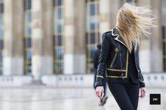 J'ai Perdu Ma Veste / Evangelie Smyrniotaki – Paris.  // #Fashion, #FashionBlog, #FashionBlogger, #Ootd, #OutfitOfTheDay, #StreetStyle, #Style