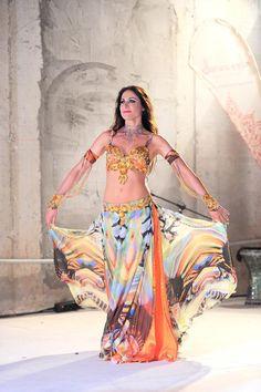 Simona Minisini :: Palmanova, Udine (Italy) :: www.clubsunchine.it/bellysimo :: www.facebook.com/simona.minisini