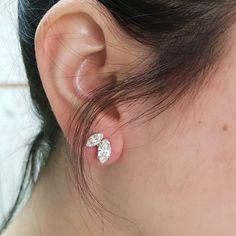 Tiny earrings Swarovski crystal post Women color studs | Etsy Bride Earrings, Tiny Earrings, Bridesmaid Earrings, Cluster Earrings, Swarovski Bracelet, Bridal Bracelet, Swarovski Crystal Earrings, Minimalist Earrings, Free Silver