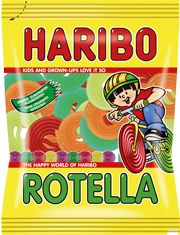 Unroll the sweet, gummy goodness of Haribo wheel-shaped candies in cool cola and juicy fruit flavors. Haribo Sweets, Cute Snacks, Candy Brands, How To Make Smoothies, Cute Pens, Kids Room Wallpaper, Sour Candy, Juicy Fruit, Favorite Candy