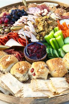 How to make a charcuterie board with leftovers is easy! Create this Leftover Thanksgiving Epic Charcuterie Board with turkey, stuffing, and cranberry sauce! Thanksgiving Leftovers, Thanksgiving Recipes, Fall Recipes, Holiday Recipes, Thanksgiving Platter, Thanksgiving Appetizers, Holiday Ideas, Charcuterie Recipes, Charcuterie And Cheese Board