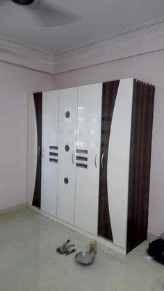 Wardrobe Interior Design, Wardrobe Design Bedroom, Bedroom Closet Design, Bed Furniture, Furniture Design, Tv Showcase Design, Almirah Designs, Wooden Sofa Designs, Modern Tv Wall Units