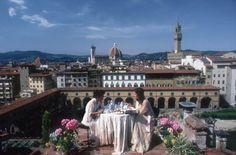Florence, Italy.   Artist: Slim Aarons