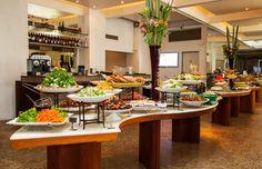 Almoço com Buffet Livre e até Sobremesas