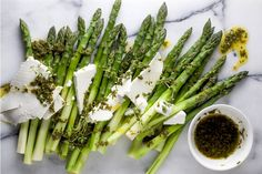 Teresa Cutter of The Healthy Chef shows us how to prepare an asparagus salad with feta that will impress dinner guests. Entree Recipes, Side Recipes, New Recipes, Salad Recipes, Healthy Recipes, Favorite Recipes, Asparagus Salad, Grilled Asparagus, Fresh Fruits And Vegetables