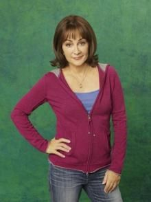 """Frankie Heck from """"The Middle"""" is my heroine! Patricia Heaton Hot, The Middle Tv Show, Peter Boyle, Michael Sullivan, Marg Helgenberger, Everybody Love Raymond, Black Leather Pencil Skirt, Olivia Benson"""