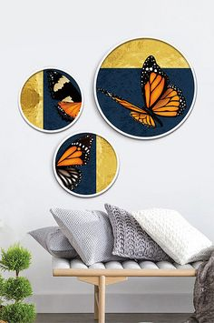 Acrylic Art, Acrylic Painting Canvas, Canvas Art, Button Tree Art, Fashion Illustration Collage, Indian Art Gallery, Living Room Restaurant, Round Canvas, Pottery Painting Designs