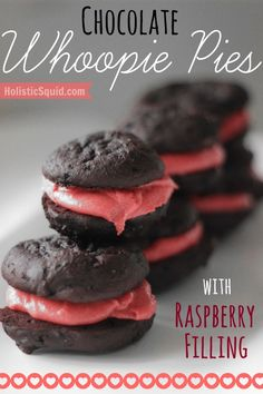 Chocolate Whoopie Pies with (Honey-Sweetened!) Raspberry Buttercream Filling - Holistic Squid Try recipe for buttercream filling for use with paleo choc muffins. Paleo Dessert, Healthy Dessert Recipes, No Bake Desserts, Real Food Recipes, Cookie Recipes, Delicious Desserts, Yummy Food, Pie Recipes, Raspberry Buttercream