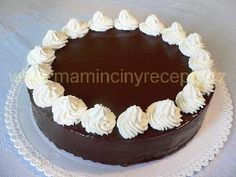 Toffee, Baked Goods, Tiramisu, Food And Drink, Birthday Cake, Cream, Ethnic Recipes, Sweet, Cakes